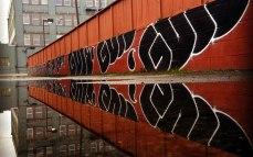 guns2_graffiti_mtn